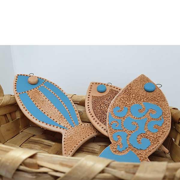 pesciolino arte di blue decorato a mano
